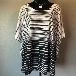 B.L.E.U. Black & White Sparkle Striped Top Size 1X
